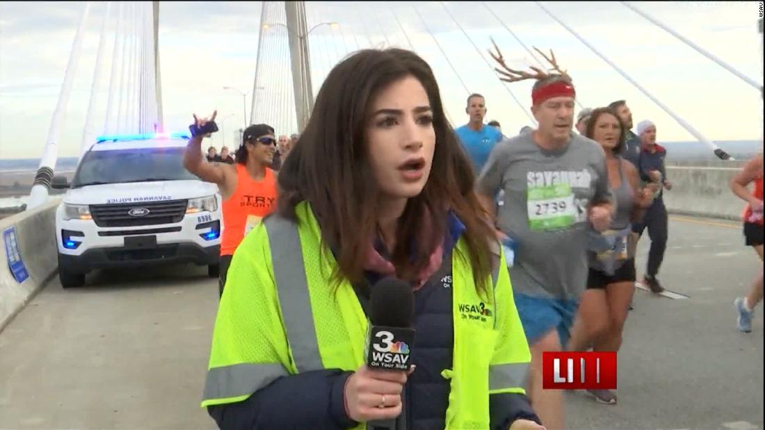 ランナーテレビレポーターの裏面のライ報告書