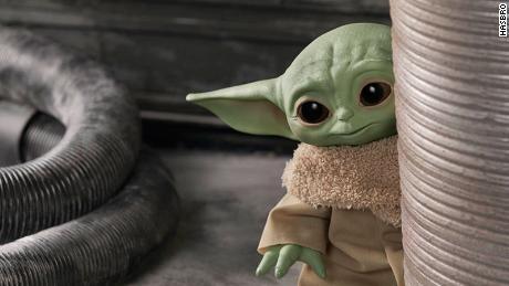 Baby Yoda Isn T Actually A Baby Yoda Jon Favreau Says Cnn