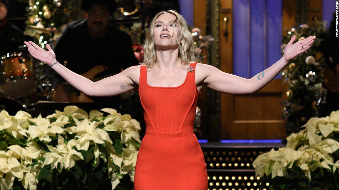 Scarlett Johansson And Colin Jost Are Married Cnn