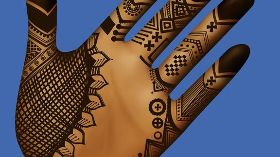 Henné, local drawings made on Mandinka women hands and/or feet during wedding and ceremonies.