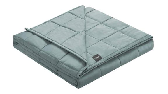 ZonLi Cooling Weighted Blanket ($74.90, originally $94.90; amazon.com)