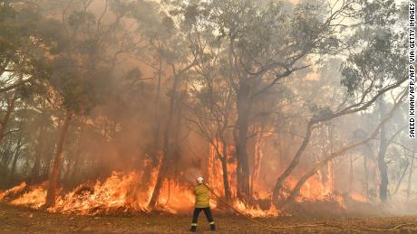Australia swelters on its hottest day nationwide as wildfires rage -- and temperatures are likely to rise even higher