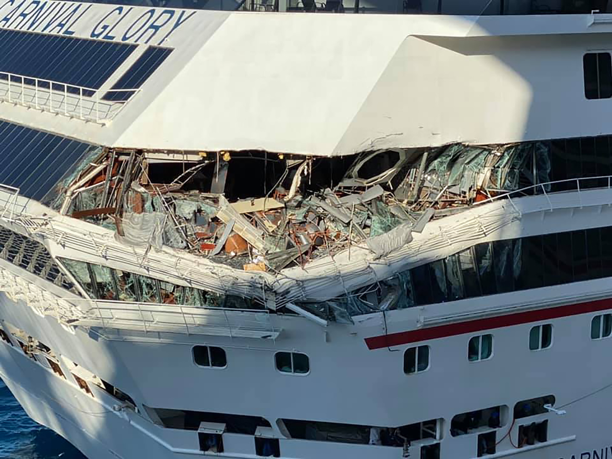 Watch Two Carnival Cruise Ships Collide Cnn Video