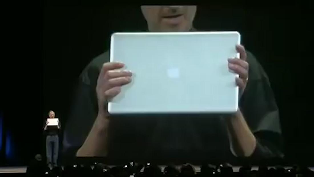 Apple patents surround sound-like technology for a MacBook