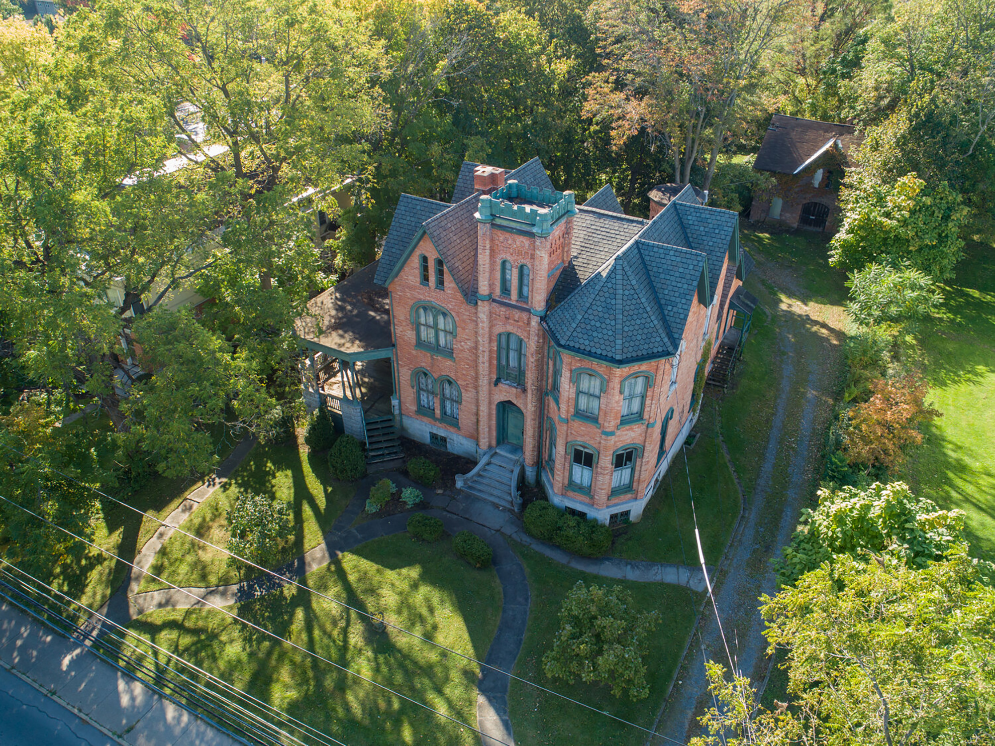 See Inside A 10 Bedroom Victorian Mansion In New York Cnn Video
