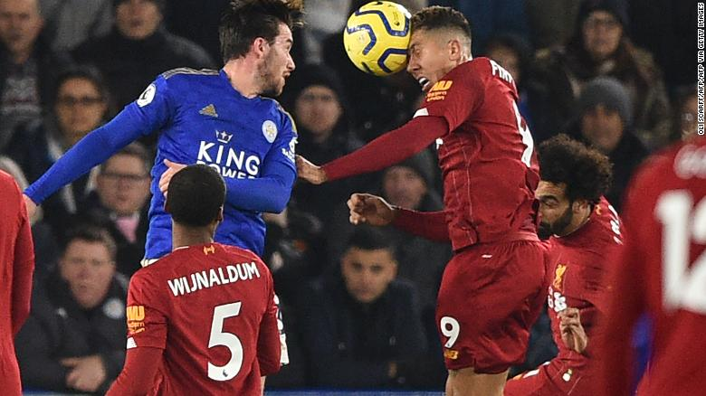 Roberto Firmino's firm header put Liverpool on the way to a 4-0 victory over Leicester City at the King Power Stadium.