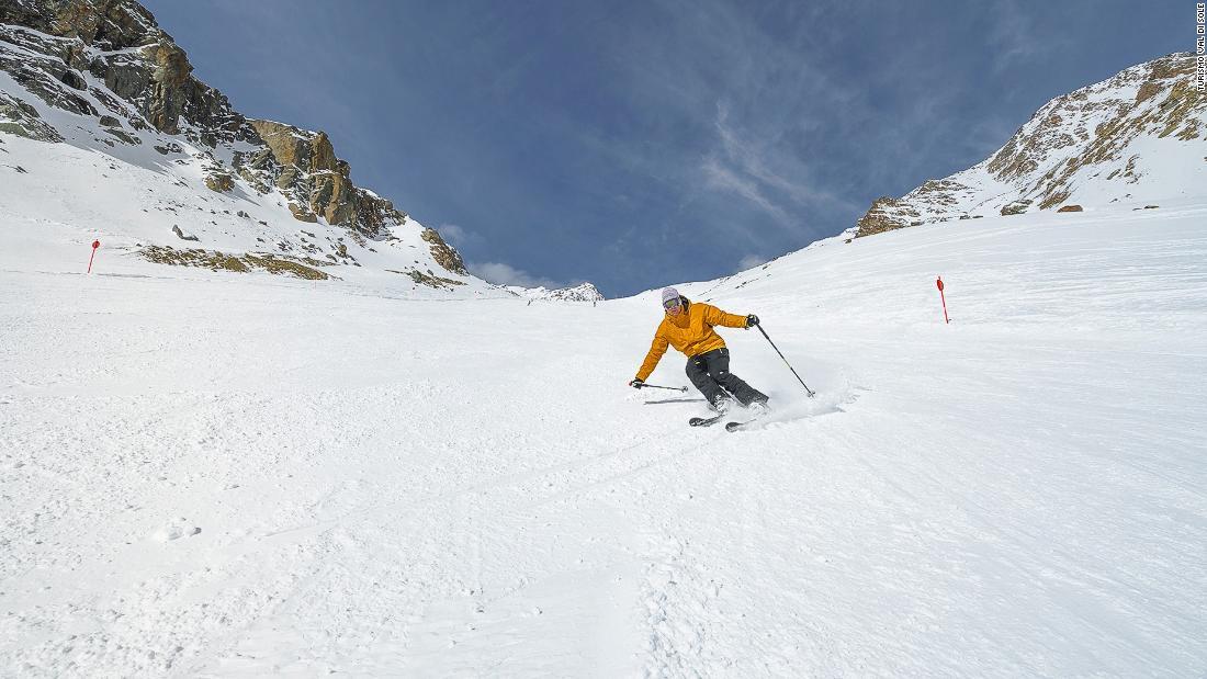 イタリアのスキーリゾートがプラスチック-無料
