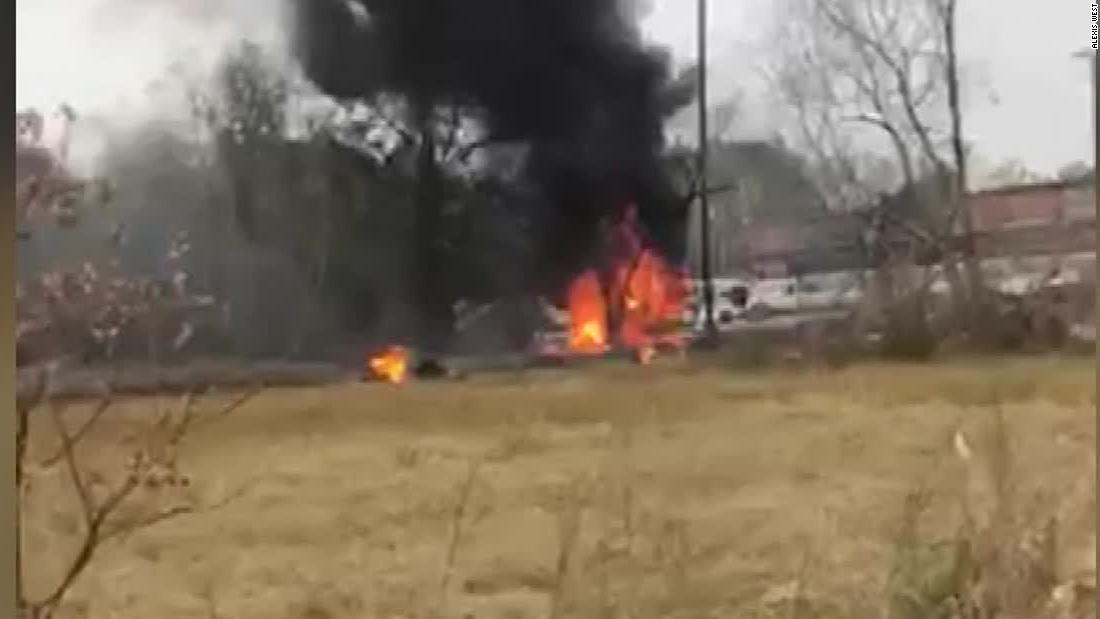 Το βίντεο δείχνει αεροπλάνο στις φλόγες μετά από ατύχημα