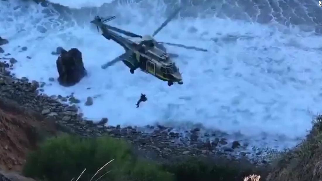 Eine Frau überlebt 200-Meter Sturz von einer Klippe im Süden von Kalifornien