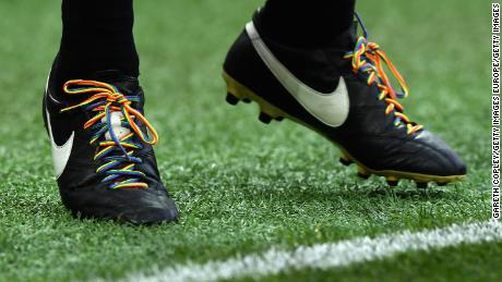 The Premier League has shown support for Stonewall's Rainbow Laces campaign.