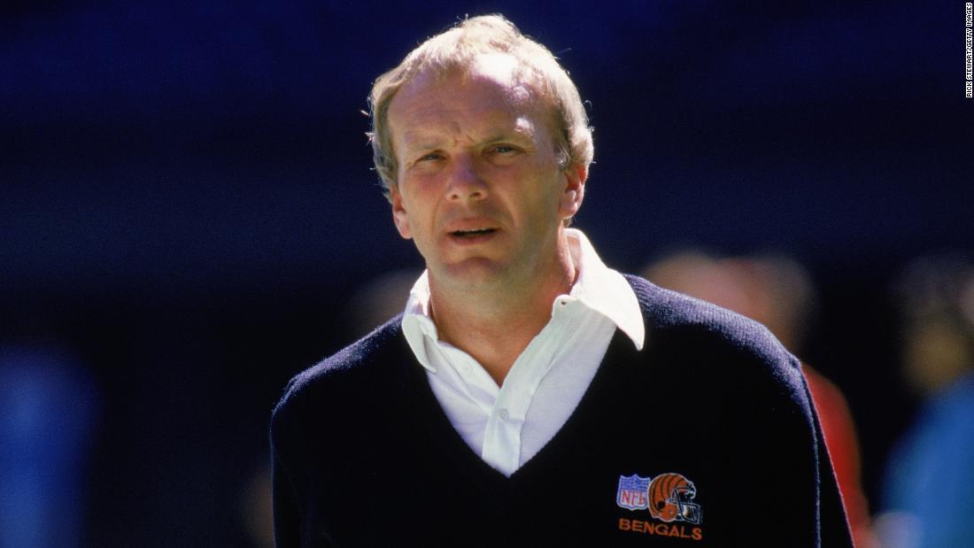 Sam Wyche, former Cincinnati Bengals coach, dies at 74