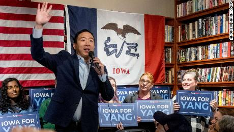 andrew yang receives endorsement from comedian dave chappelle cnnpolitics andrew yang receives endorsement from