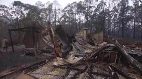 Australia fires pericoe home lost coren pkg_00001809