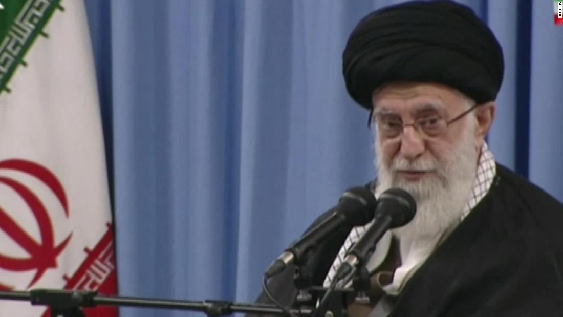 イランの最高のリーダー:米国の手打の