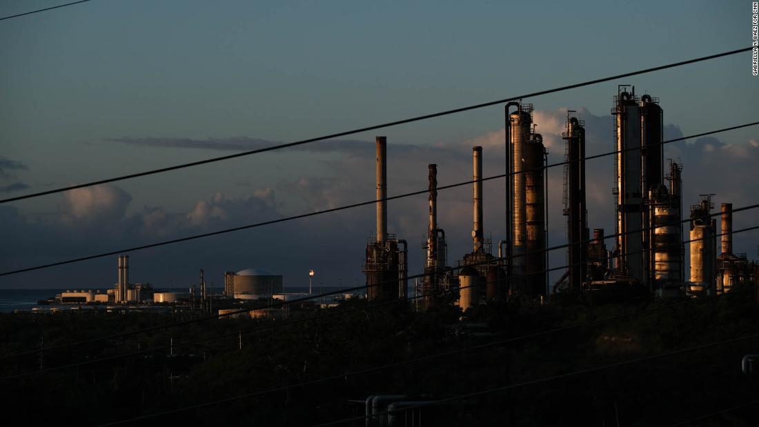正式に大震災が残すことができる主なプエルトリコの発電所の行動のための年