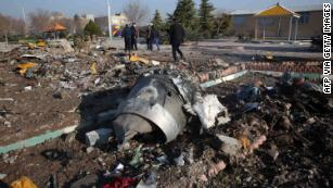 Video appears to show missile strike as Canada and UK say they have intel Iran shot down Ukrainian plane