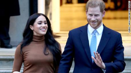 Harry and Meghan's shock announcement dominates UK media