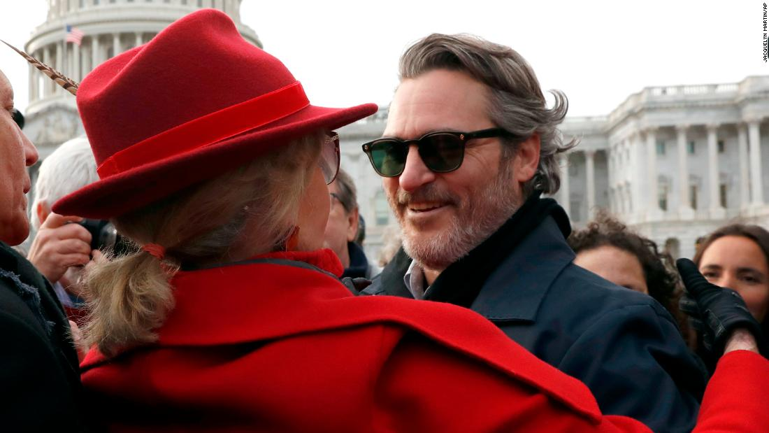 Joaquin Phoenix and Martin Sheen arrested in Jane Fonda's weekly climate change protests - CNN