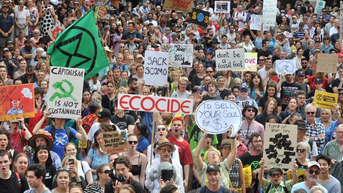 Major protests against Australian PM's climate policies amid bushfire crisis