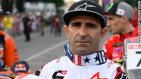 Portugal's Paulo Gonçalves died in a motorbike race across Saudi Arabia on Sunday.