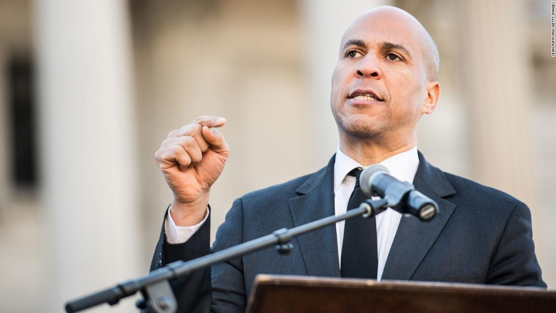 Γνώμη: Booker έξοδο επίκεντρα ένα λευκό συζήτηση στάδιο