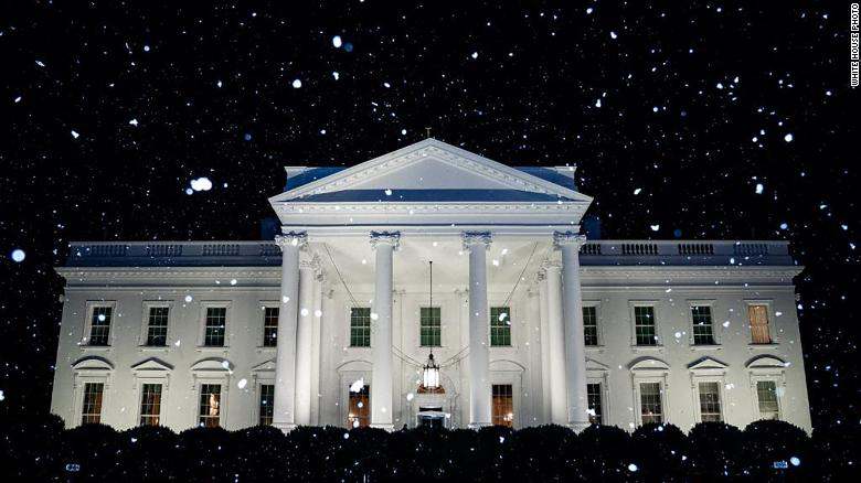 White House Christmas Decorations 2020 Funny -2019 The White House tweeted a super weird snow photo on an abnormally