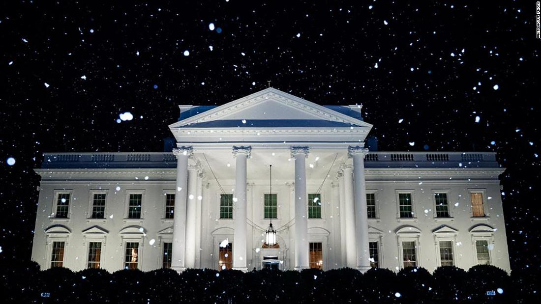 The White House tweeted a super weird snow photo on an abnormally warm day thumbnail