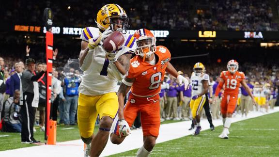 LSU wide receiver Ja'Marr Chase catches his second touchdown of the first half on Monday. LSU fell behind 17-7 but rallied to take a 28-17 halftime lead.