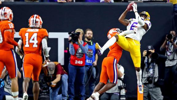 LSU wide receiver Terrace Marshall Jr. catches a second-half touchdown. LSU went up 42-25 after the extra point.