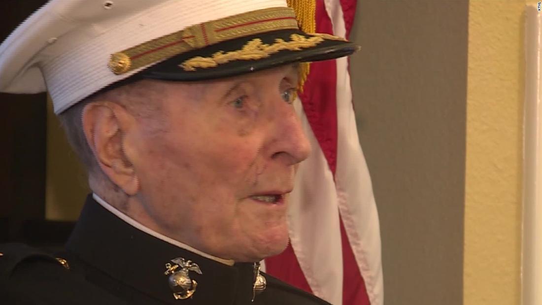 104-year-old βετεράνος του β ' παγκοσμίου πολέμου ζητά για την Ημέρα του αγίου Βαλεντίνου κάρτες