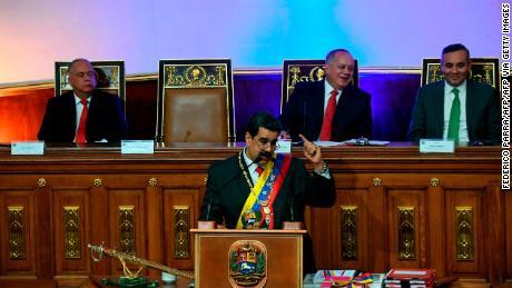 Venezuela: Presidenta del CNE anunció convocatoria de elecciones parlamentarias.