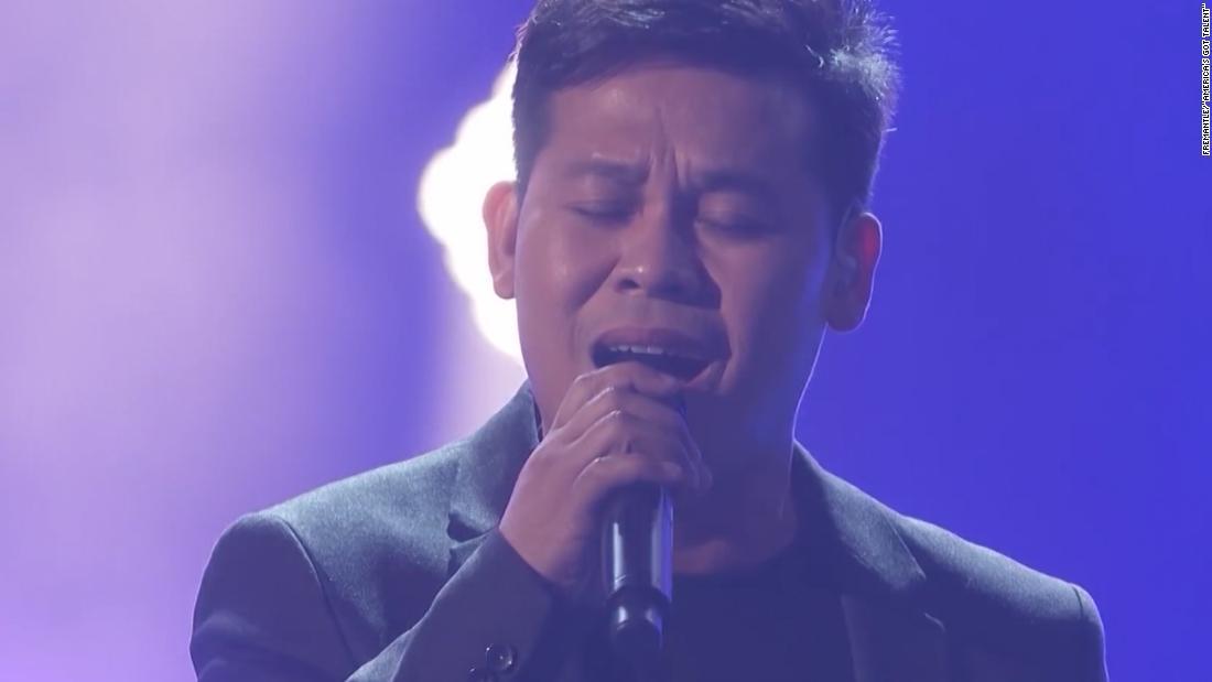 Filipino Man Wows America S Got Talent With A Solo Duet Cnn Video