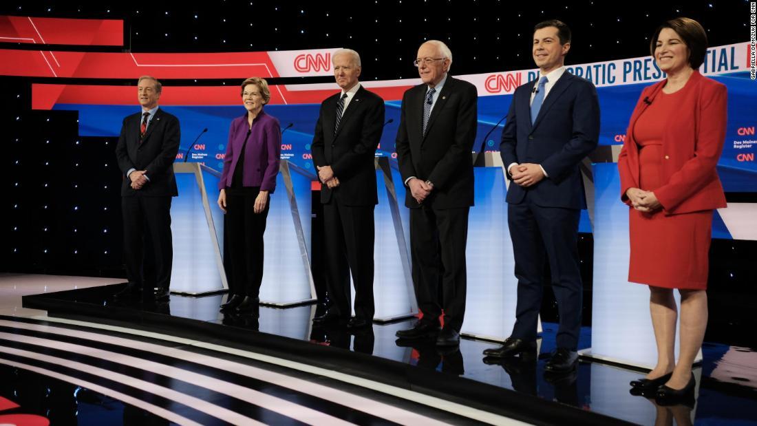 時計のCNN/デモインの登録民主主義の議論