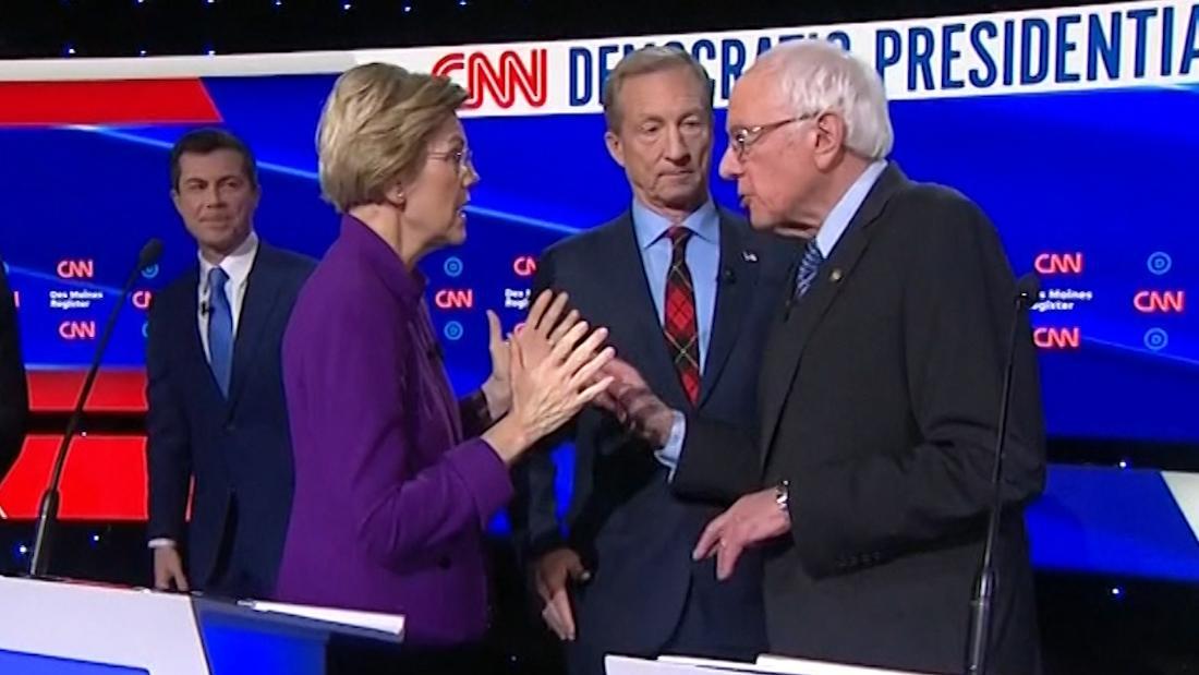 Ο γουόρεν φαίνεται να σνομπάρουν Σάντερς χειραψία μετά την Αϊόβα συζήτηση
