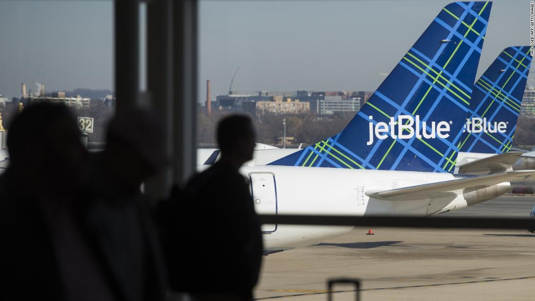 Überprüfen Sie Ihre Tasche auf JetBlue wird immer teurer