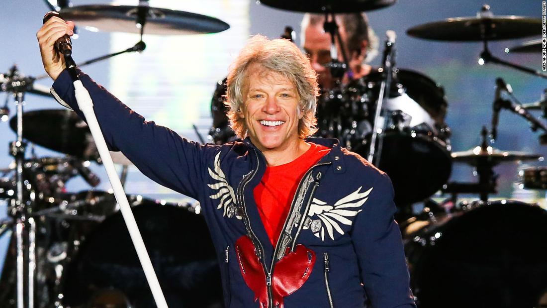 Bon Joviお知らせいた新アルバム-夏のツアーのBryan Adams