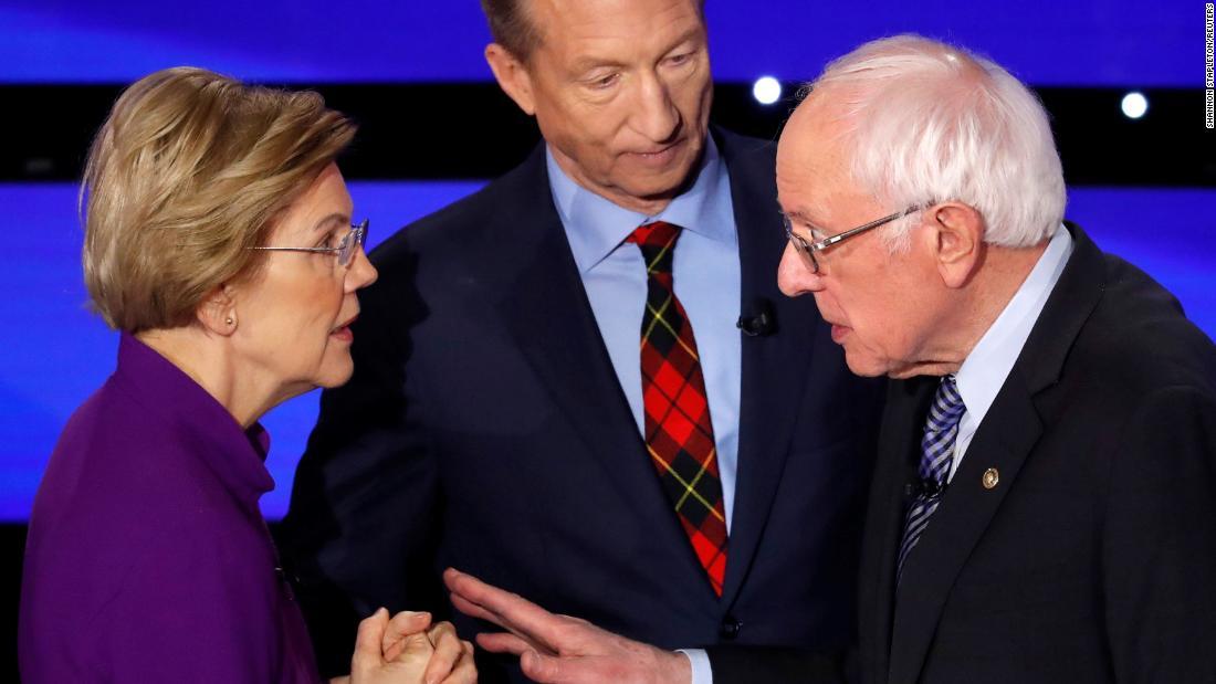 Internet ερωτεύεται Δημοκράτης χάρη σε ιογενή συζήτηση στιγμή