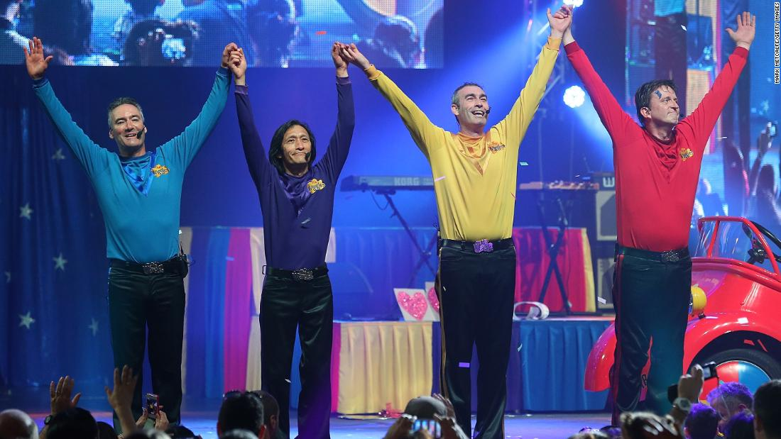 The Wiggles singer Greg Page collapses during Australian bushfires relief concert