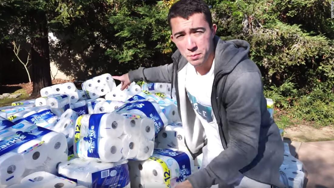 YouTuber批判を無駄に100,000紙タオル