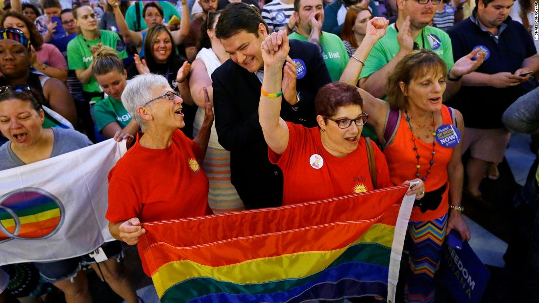 Federal appeals court rules that both parents in same-sex relationship can be listed on their child's birth certificates