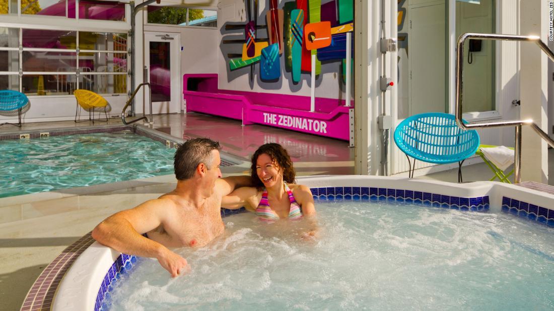 Das Hotel bietet Kostenlose Aufenthalte für Paare, die machen Babys