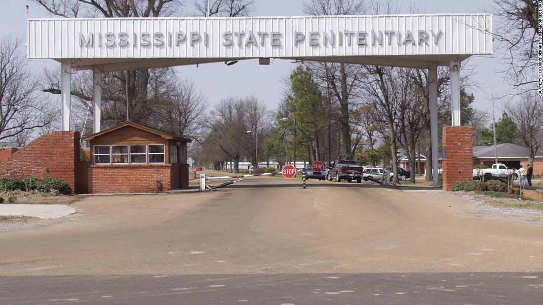 Mississippi state φυλακή κρατούμενος πεθαίνει κατά τη διάρκεια έρευνας σε υποδομές και βία