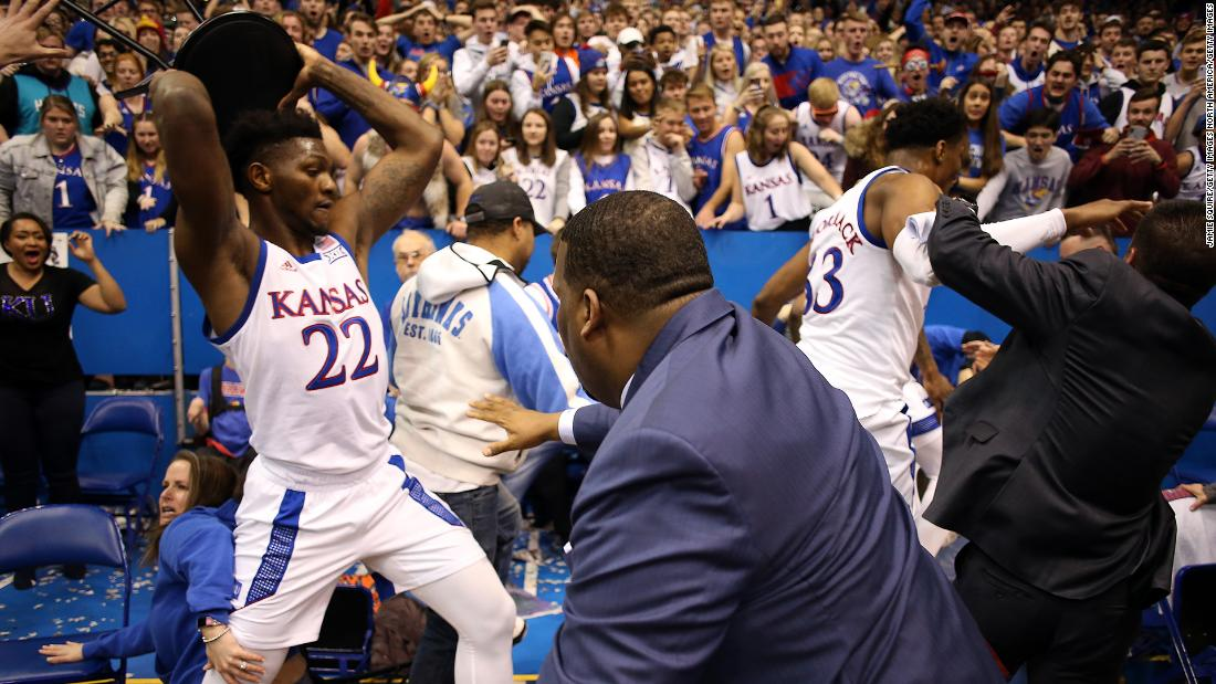Kansas and Kansas State basketball game ends in all-out brawl