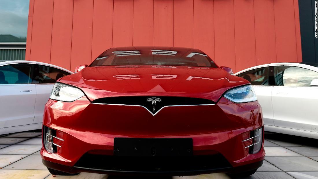 Tesla verkaufen neuer Aktien zu erhöhen, um $2,3 Milliarden