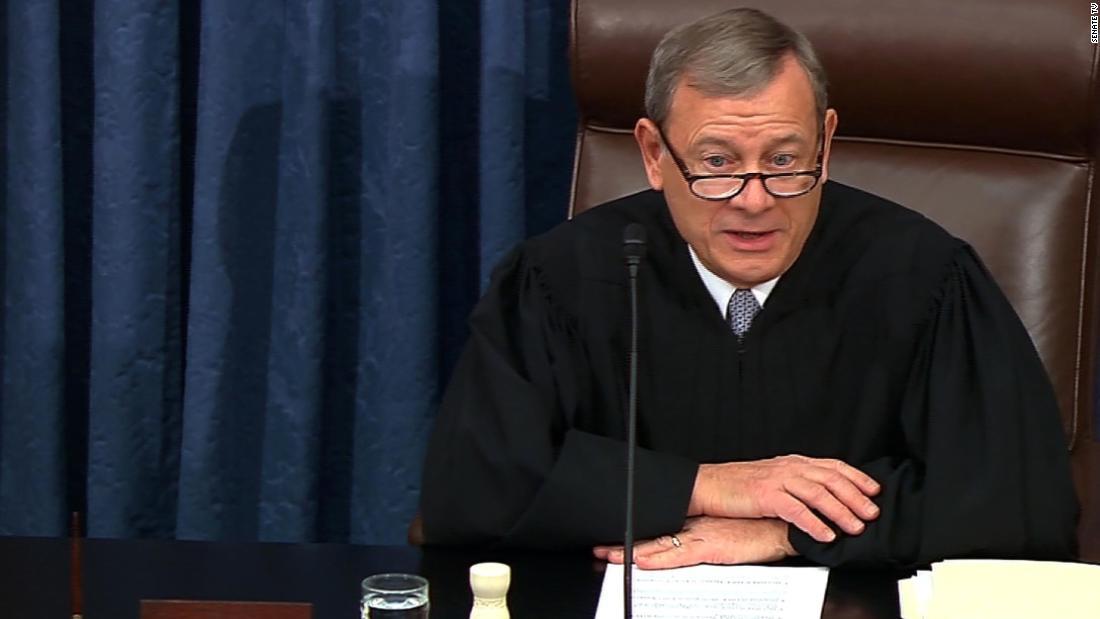 主任司法のrebukeでimpeachment試験のハイライト上昇の緊張