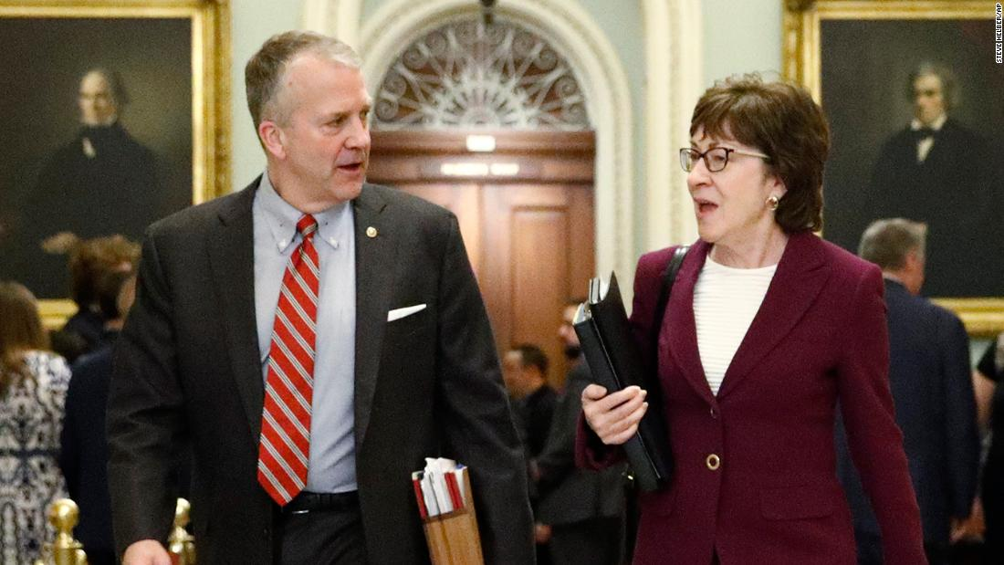 Susan Collins sent note to dais before John Roberts admonished legal teams, source says