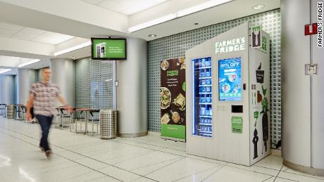 The Farmer's Fridge machines use recyclable containers to package the food.