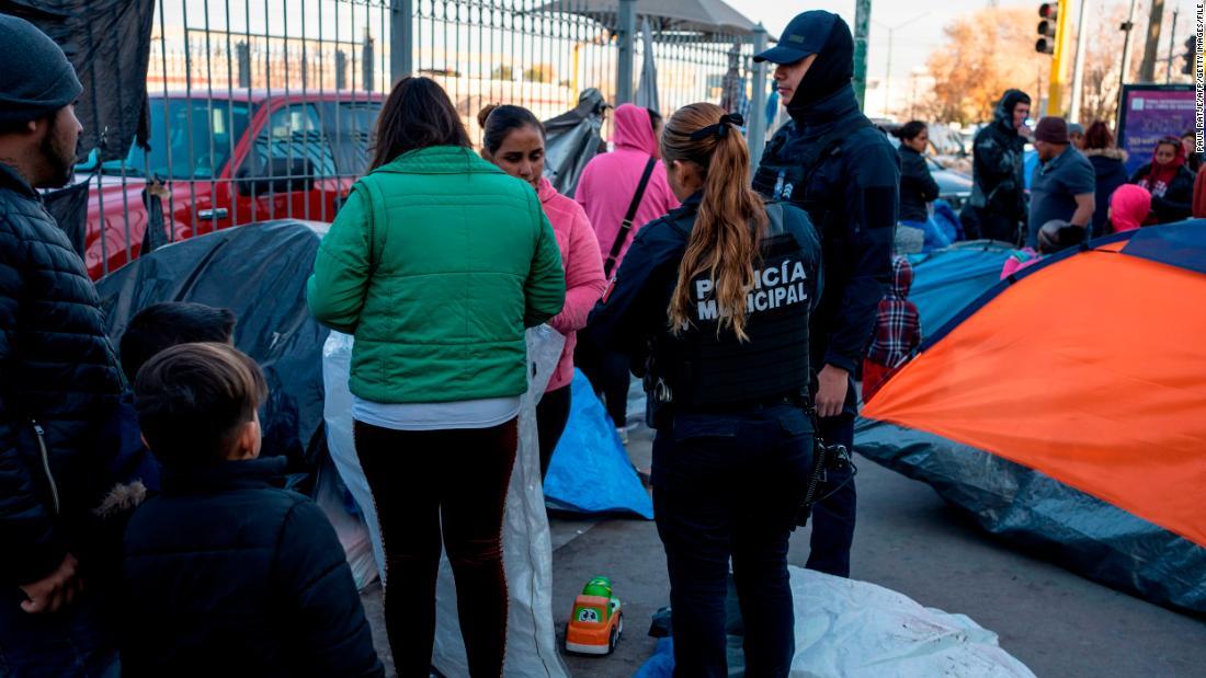 US is pushing to reject all asylum seekers, citing coronavirus worries