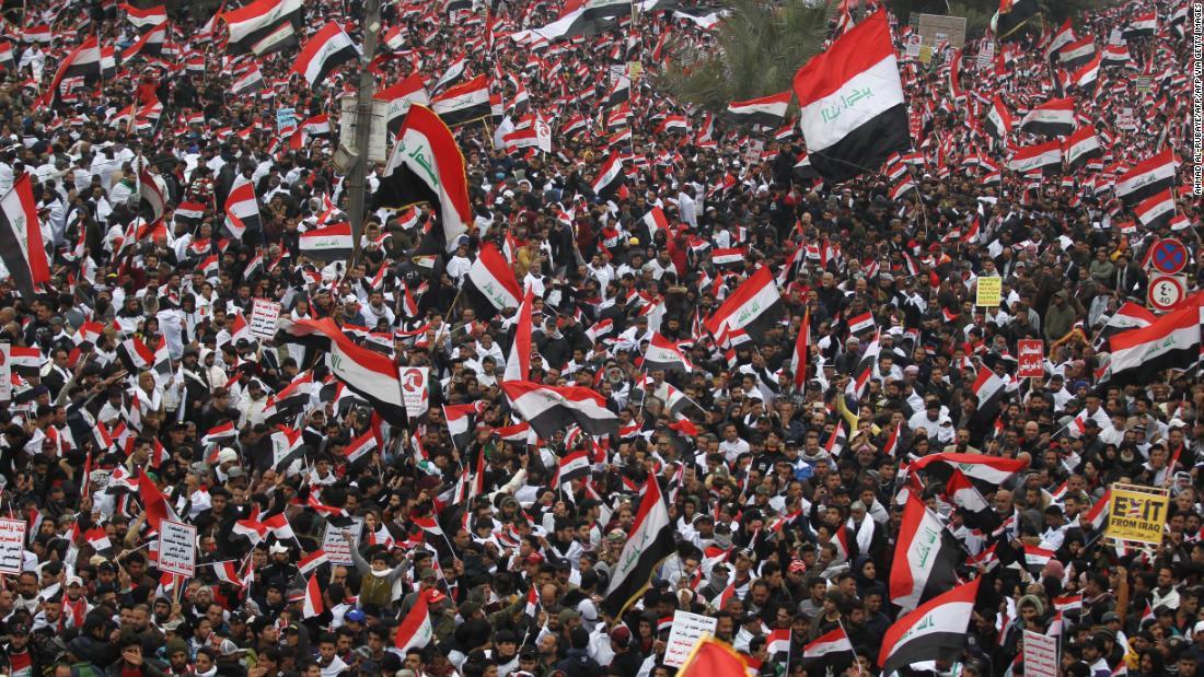 何十万人もの抗議の米軍の軍のイラク