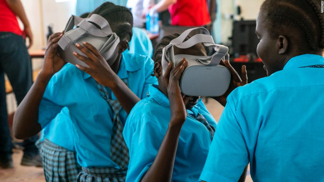 Young refugees in Kenya take a VR school trip to London's National Gallery